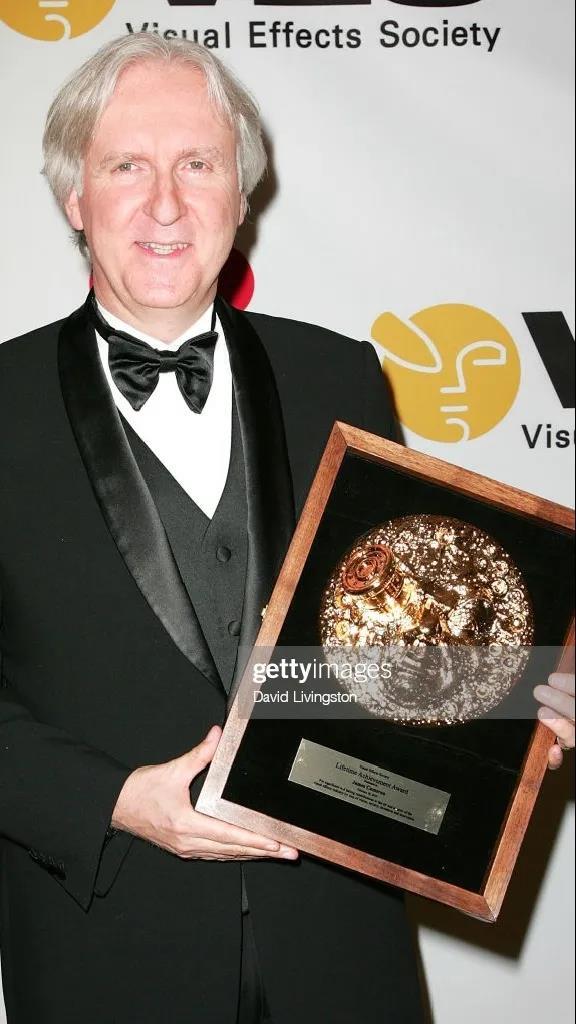 詹姆斯·卡梅隆参加历届VES大奖颁奖典礼